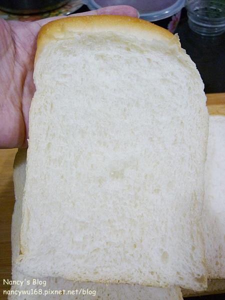 金牌牛奶吐司-4.JPG