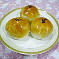 蛋黃酥-3.JPG