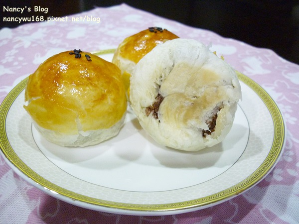 蛋黃酥-4.JPG