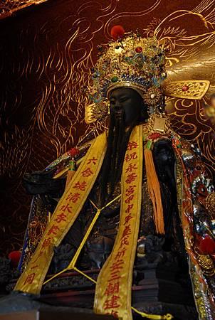 3開基永華宮奉祀的陳永華將軍雕像,是典型歷史人物成神的例子。