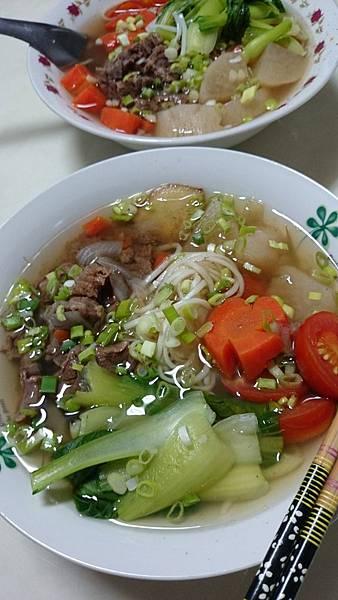清燉蔬菜牛肉麵