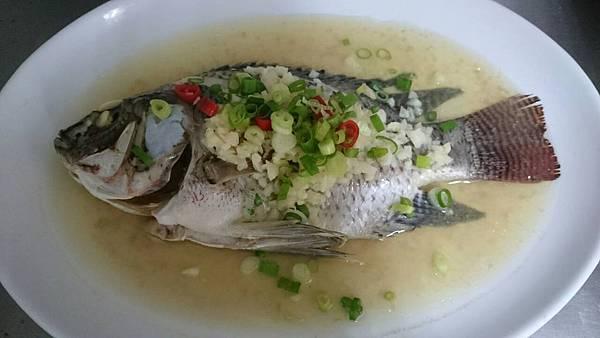 302C-2蒜泥蒸魚
