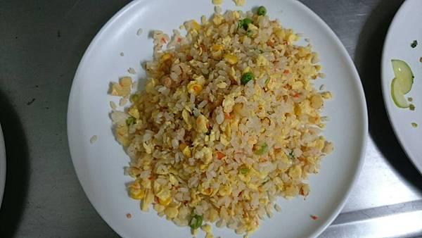 302C-6鳳梨肉鬆炒飯