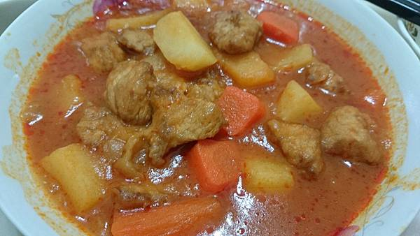 馬鈴薯茄汁肉塊