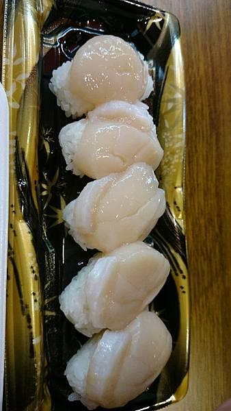 黑門市場 干貝握壽司