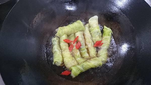 高麗菜捲-加調味後燒