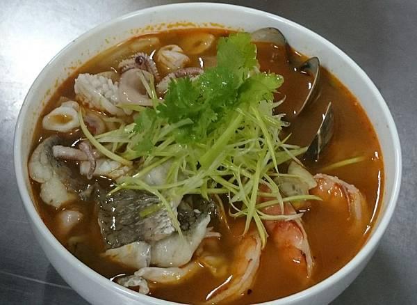 泰式開胃香茅茄汁海鮮湯