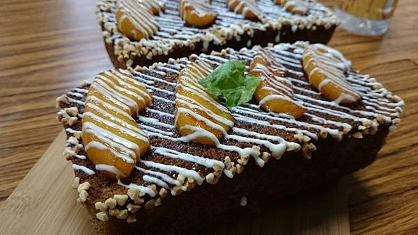 焦糖蘋果伯爵磅蛋糕