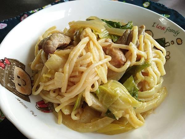 咖哩豬肉炒麵