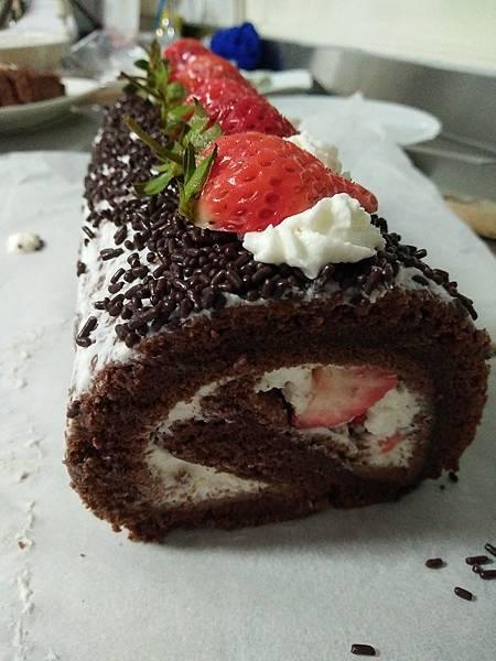 草莓巧克力蛋糕~超級絕配