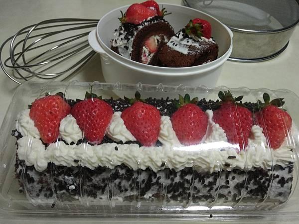 草莓蛋糕捲~包裝入盒