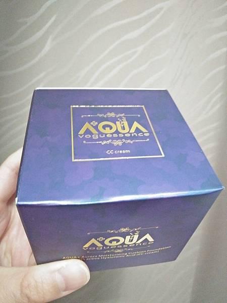 AQUA極光感玻尿酸SRC氣墊粉餅