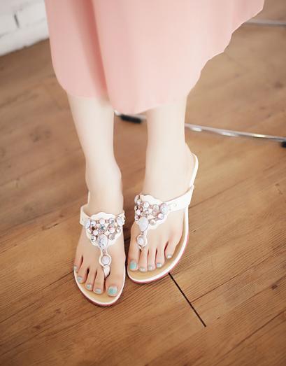 *eFashion*【DP210852】HAZYbeauty.南國風女孩寶石夾腳涼鞋-3色36~40 現+預 - Yahoo! 奇摩拍賣-193254