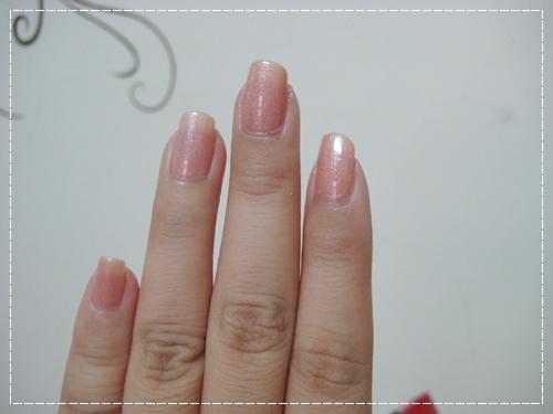 China Glaze 80430 奶油鬆餅_06.JPG