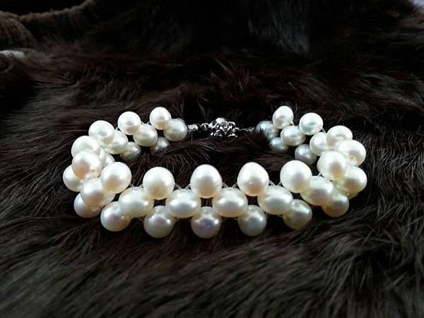 073珍珠寶衣  手鍊優惠價900元(原結緣價1200元)