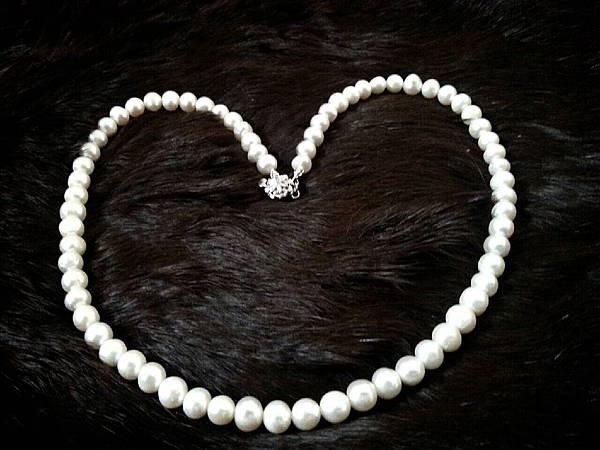 072珍珠寶衣項鍊,優惠價1500元(原結緣價2000元)