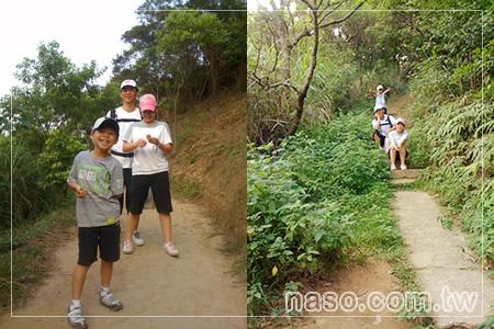 拿手網-桃園虎頭山之旅-開心的玩了一天,naso小公主naso小王子帶了一些秘密武器回家,準備帶去學校「用力分享」給其他同學。