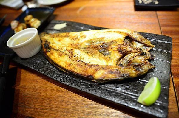 15燒薄鹽漬日本鯖魚一夜干.JPG