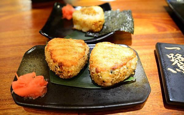 17炭烤明太子醬飯糰.JPG