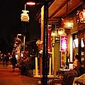 晚上的府中街