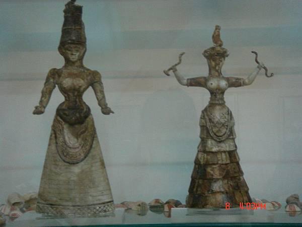 crete考古博物館--女神像