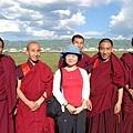 紅草原上巧遇拉不楞寺的喇嘛們
