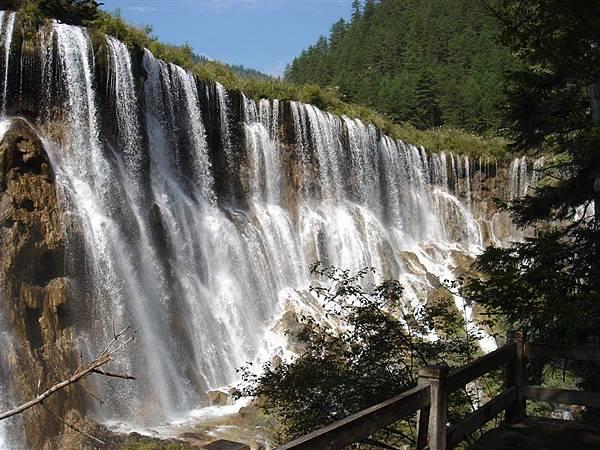 九寨溝--諾日朗瀑布