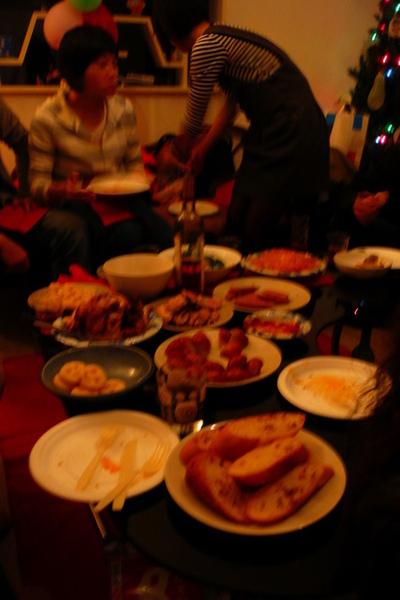 心心準備的很多食物