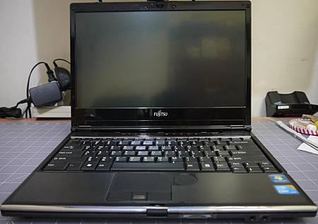 Fujitsu SH760-6.JPG