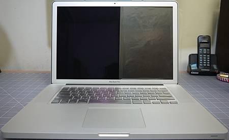 "Apple 15.4"" Macbook pro AG版"