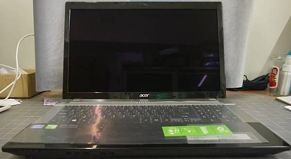 Acer V3-1
