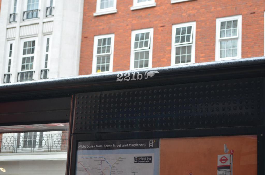 出車站的公車停就有指標
