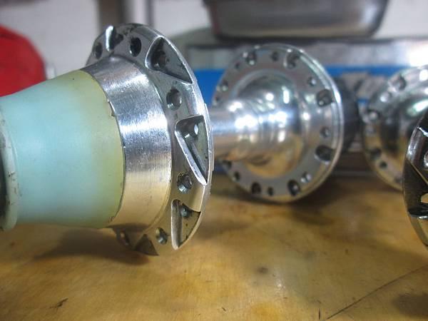 600AX-3.JPG