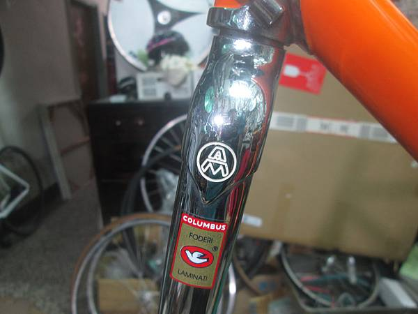 mondonico 70組裝-4.JPG