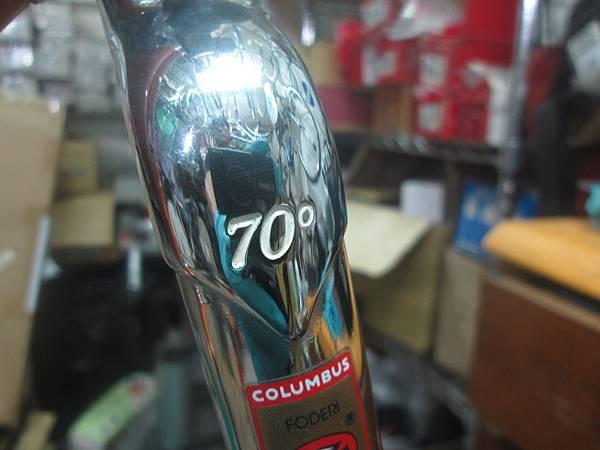 mondonico 70組裝-16.JPG