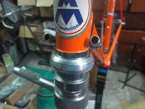 mondonico 70組裝-53.JPG