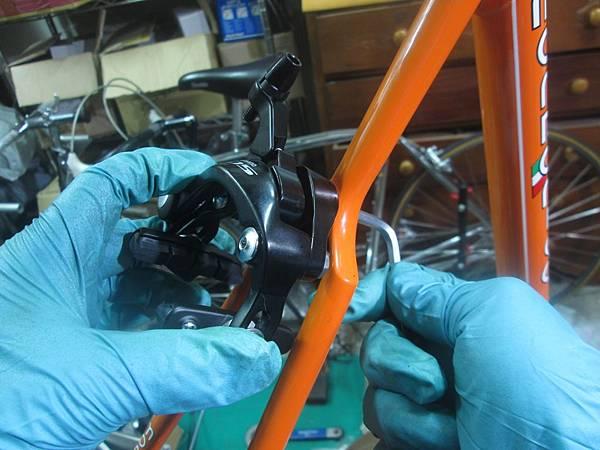 mondonico 70組裝-94.JPG
