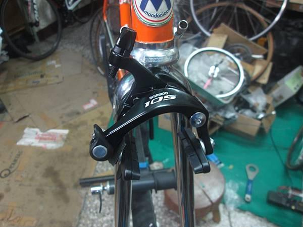 mondonico 70組裝-95.JPG