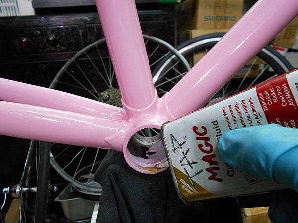 粉紅colnago 組裝-36.JPG