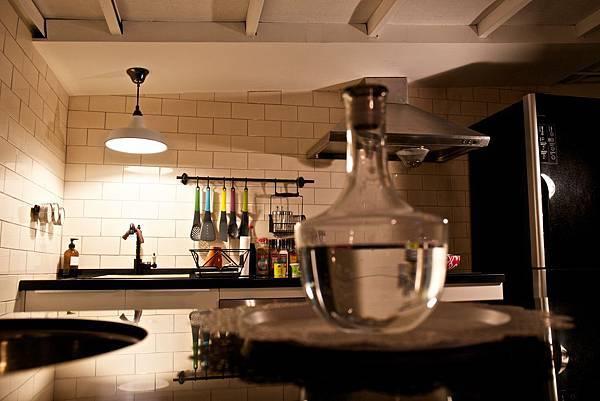 開放式廚房-客廳(2).jpg
