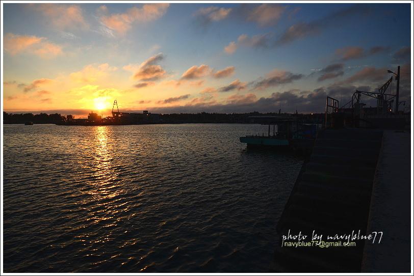東石漁港17.JPG