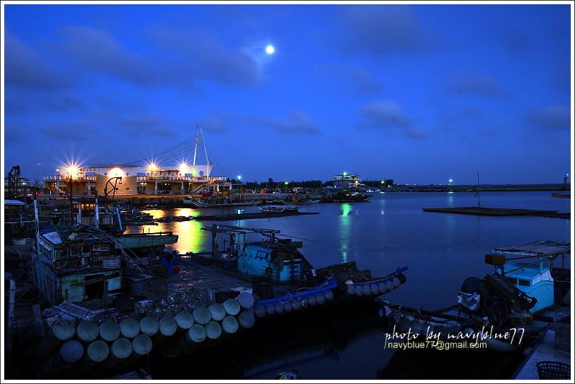 東石漁港25.JPG