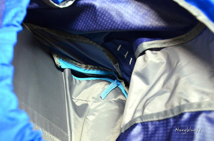 manfrotto背包14.JPG