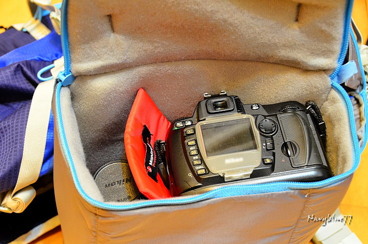 Manfrotto相機背包32.JPG