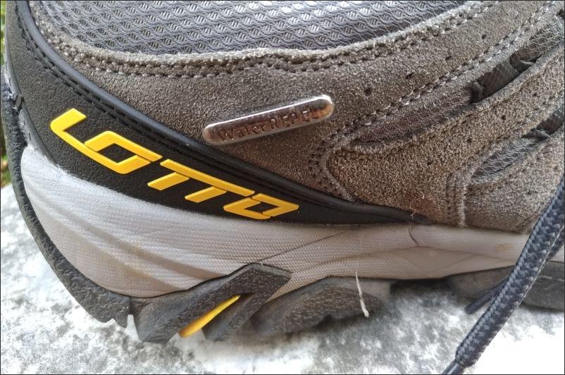 LOTTO戶外鞋09.jpg