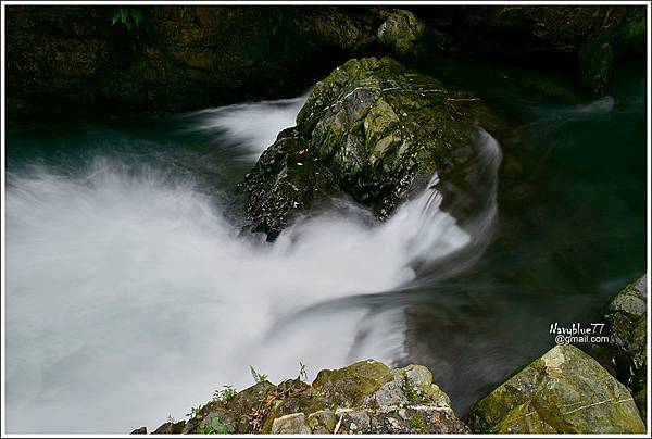 月眉坑大瀑布 (13).JPG