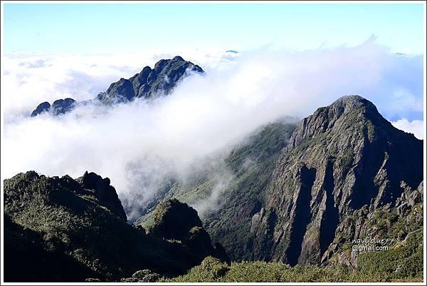 番西邦峰登頂 (11).JPG