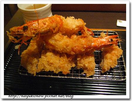 看起來很美味的炸蝦