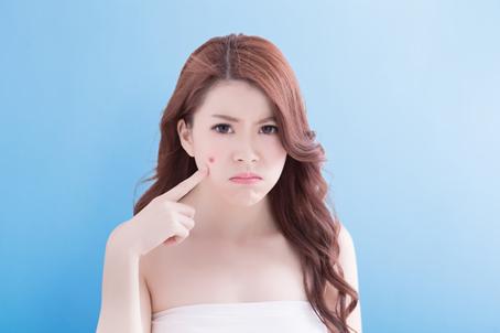 臉頰額頭悶痘處理方法