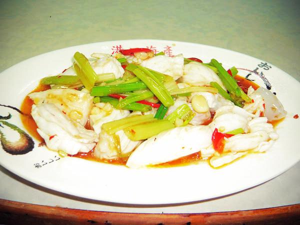 港口海產-芹香曼波魚